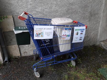Le chariot des poubelles